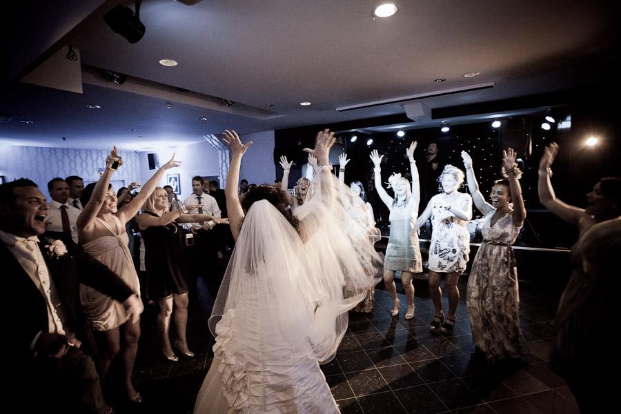 sarah_martin_wedding_sneakblog_019